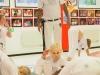 Prof. Nuno håller klass med barnen under Batizadon